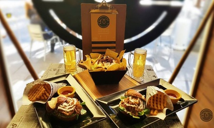Menú para 2 o 4 personas con entrante, principal, postre y bebida desde 19,95 € en Duck & Dog
