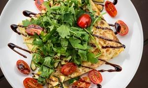 Naleśnikarnia Creppa: Naleśnikowa uczta smaków dla 2 osób za 39,99 zł i więcej opcji w Naleśnikarni Creppa (do -41%)