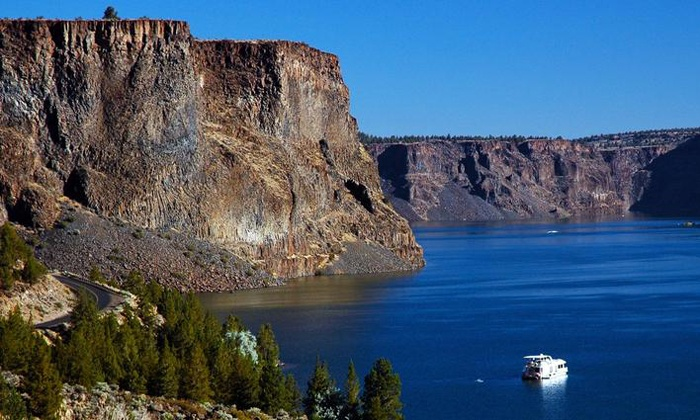 Cove Palisades Resort and Marina - Multiple Locations: Houseboat Rental from Cove Palisades Resort and Lake Billy Chinook Houseboats (44% Off). Two Options Available.