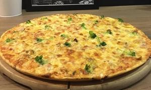Food House: 2 dowolne pizze 40 cm z menu za 39,99 zł i więcej opcji w Food House (-40%)