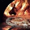 Menu pizza e birra con tapas e dolce