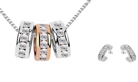 1 o 2 sets de collar con colgantes en forma de aro adornados con cristales de Swarovski® Oferta en Groupon