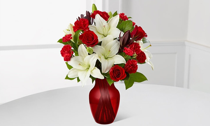 FTD.com: Valentine's Day Flowers and Vase from FTD.com. Shipping Included.