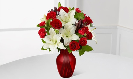 Valentine's Day Bouquet and Vase from FTD.com. Shipping Included.