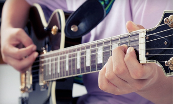 Dangerous Guitar: C$18 for One Year of Online Guitar Lessons from Dangerous Guitar (US$134.55 Value)