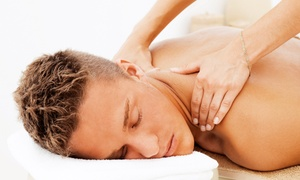 Absolute Health Clinic: $35 for a 60-Minute Custom Massage at Absolute Health Clinic ($89 Value)