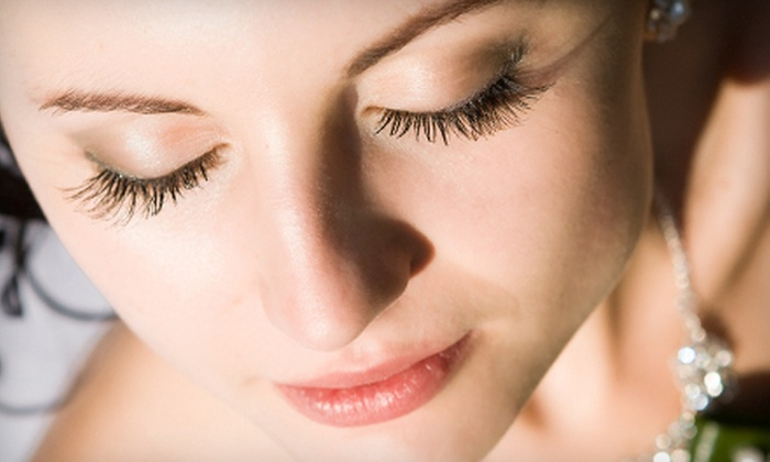 Salon de Futur - Ward 1: Full Set of Eyelash Extensions with Option for Touchup at Salon de Futur (Up to 56% Off)