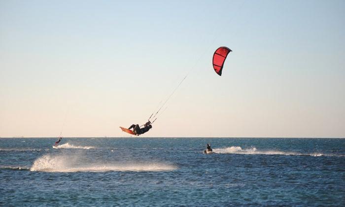 Abruzzo Wakeboard - Pescara: Test day di kite surf con una o 2 ore di pratica da 29,90 €