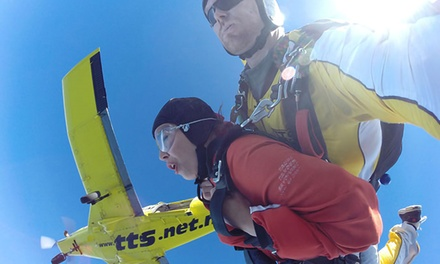 Skydive Experience   12,000ft ($279) or 15,000ft ($359) with Taupo Tandem Skydiving