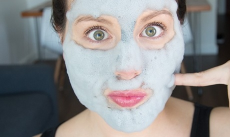 Limpieza facial con mascarilla nube y opción a vacumterapia desde 19,99 € en La Manzana de Eva