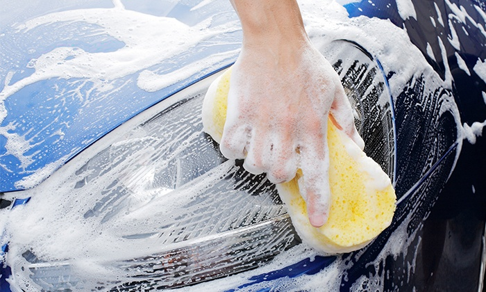 Zoom Clean - Calumet City: Three or Five Exterior Car Washes or Deluxe Car-Wash Package at Zoom Clean (Up to 54% Off)