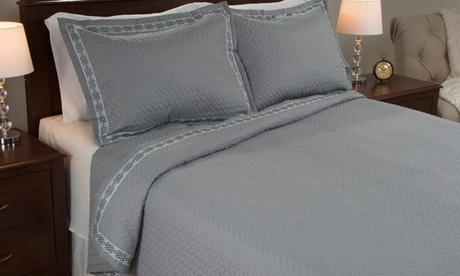 Lavish Home Embroidered Quilt Set (2- or 3-Piece). Multiple Styles Available.