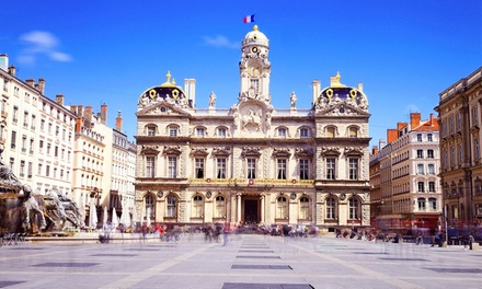 Parigi: camera doppia Superior per 2 persone con colazione, cena e bottiglia di vino opzionale al Golden Tulip Lyon 4*