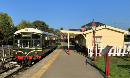 OneDay Peak District Train Tour Up to Family of Five on the Ecclesbourne Valley Railway