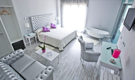 Arteixo: 1, 2, 3, 5 o 7 noches para 2 personas con desayuno y detalle de bienvenida en Hotel Alix Boutique 4*