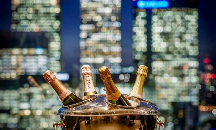 Peninsula Restaurant - London: Award Winning 7-Course Tasting Menu with Champagne and City Views at 2AA Rosette Peninsula Restaurant (Up to 48% Off)