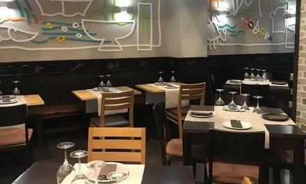 Menú para 2 personas con seis platos y bebida o con opción a botella de vino desde 29,95 € en Pizcas De Sal
