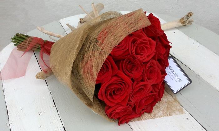 Ramo de hasta 20 rosas con opción a orquídea desde 6,90 € en Merci Bouquet