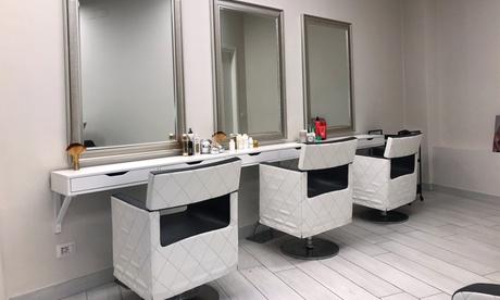 Taglio, colore, trattamento Olaplex, piega al Salone di Marco (sconto fino a 68%)