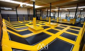 """Jumpsky: 2 h de trampoline et un """"bounceboard"""" (1h) à partir de 2 personnes chez Jumpsky près de Gand"""