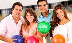 Bowling en maaltijd onder vrienden: 3 bowling spelletjes en een bord spaghetti bolognaise voor 2 of 4 personen bij Royal Bowl vanaf € 19,99