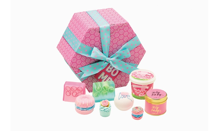 Groupon Goods Global GmbH: Bomb Cosmetics Bath Bomb Gift Pack