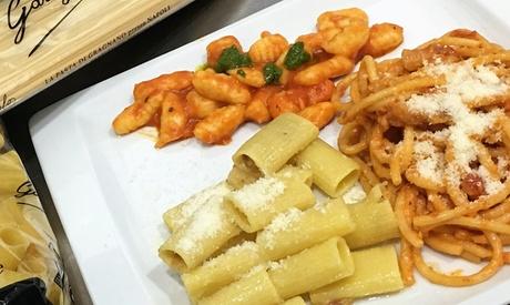 Menú Italiano para 2 con surtido de entrantes, principal, postre y botella de lambrusco desde 19,95 € en Come in Casa Oferta en Groupon