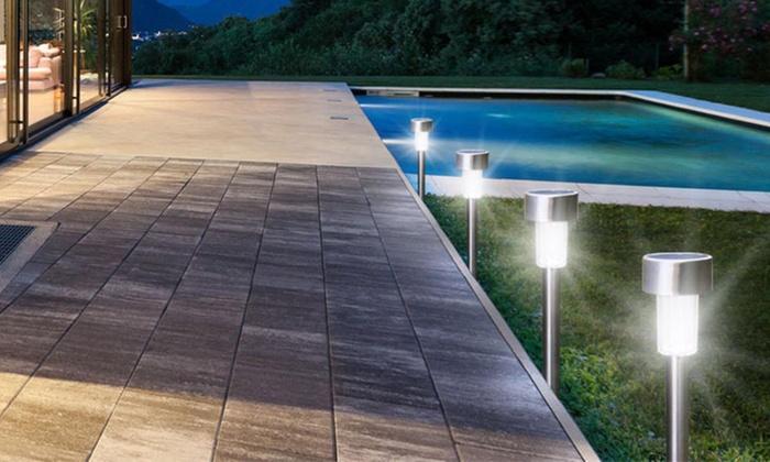 solarlampe mit free led solarlampe mit und akku with solarlampe mit affordable ein zustzlicher. Black Bedroom Furniture Sets. Home Design Ideas