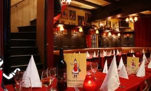 Chez Ma Cousine: Dîner-spectacle au cœur de Montmartre pour 1, 2, 4 ou 6 personne dès 49,90 € au restaurant-cabaret Chez Ma Cousine