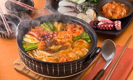 Chinesischer Dampf-Feuertopf für 2 oder 4 Personen im Jumbo China Restaurant (bis zu 41% sparen*)