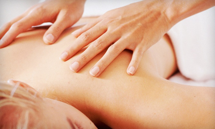 Complete Wellness - Lenox Hill: $49 for Consultation, 60-Minute Massage, and Posture Screening at Complete Wellness ($560 Value)
