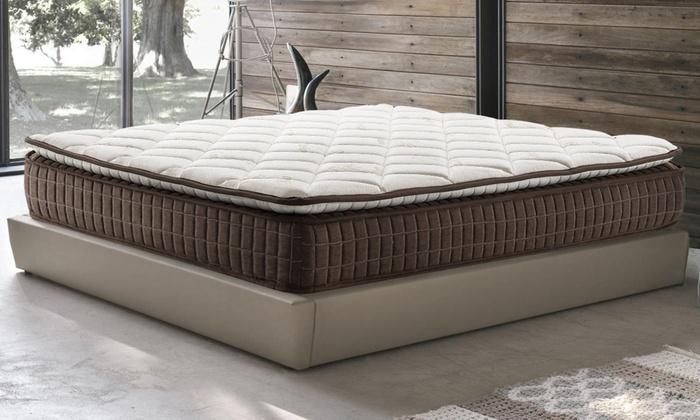 Matelas Riviera mémoire de forme marque Sampur , avec lit déco et oreillers