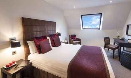 Lancashire: 1 or 2 Nights in Deluxe Land View Room with Breakfast and Glass of Prosecco at the Mode Hotel