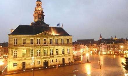 Maastricht: 2, 3 of 4persoonskamer met ontbijt, vroege checkin en drankje in Hip Hotel St Martenslane Maastricht
