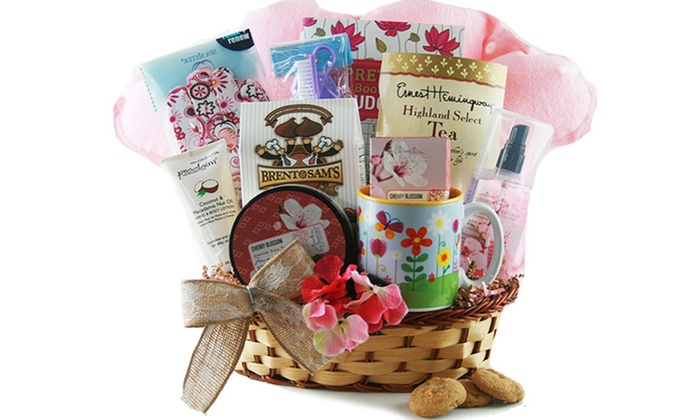 Customizable gift baskets design it yourself gift baskets groupon solutioingenieria Image collections