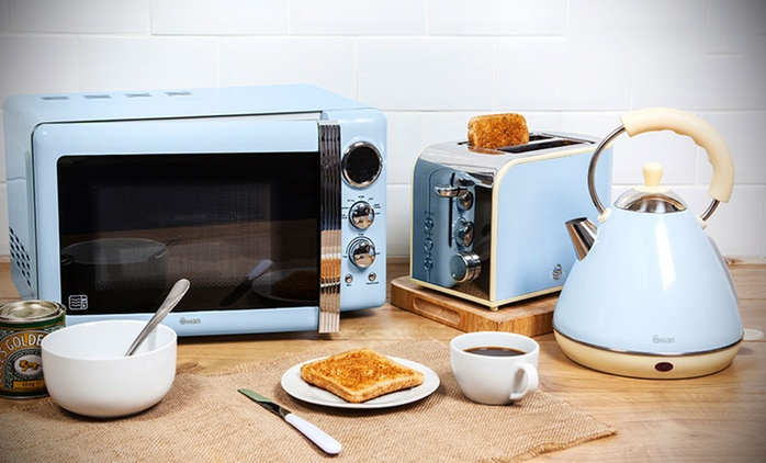 Swan Three-Piece Kitchen Set: Microwave, Kettle and Toaster for £104.99 (60% Off) With Free Delivery