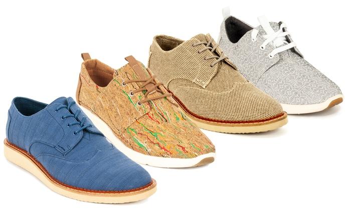 sports shoes 94e6a bcab1 Toms Damen- oder Herren-Schuhe | Groupon
