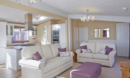 Llandudno, North Wales: 3 or 4Night SelfCatering Caravan Stay For Up To Six with Wine at Choice of Holiday Parks
