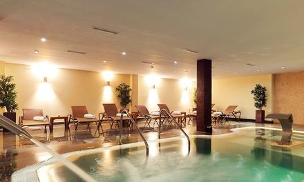 Acceso a spa con copa de cava y opción a bufet y masaje desde 24,95 € en Vincci Costa Golf Resort
