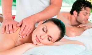 De Pelos Peluquería: Desde $229 por 1 o 2 sesiones de masajes descontracturantes en De Pelos Peluquería