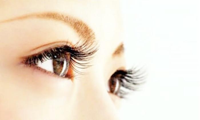 Nail&eyelash Allure - Nail&eyelash Allure: 【3,400円】上質な仕上がりで、憧れの目元美人へ。≪高級抗菌セーブルエクステ120本まで+オフ≫2枚まで利用可・オールブラウンに変更可 @Nail&eyelash Allure