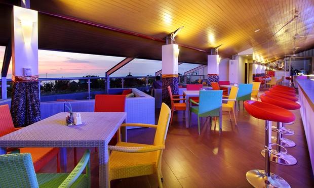 Bali: Kuta Beachfront Hotel 3