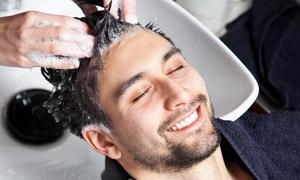 Staff Pierre: Pacchetto capelli per uomo con shampoo, taglio e trattamento completo barba al salone Staff Pierre (sconto fino a 38%)