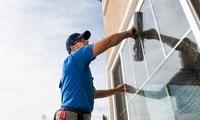 Reinigung von 10 oder 20 Fenstern inkl. Rahmen bei FM Dienstleistung (bis zu 69% sparen*)