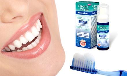 1 of 2 flesjes 'Clean & White'schuim voor wittere tanden vanaf € 6,99 tot korting