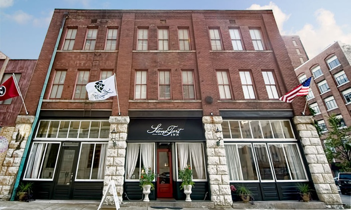 StoneFort Inn - Chattanooga, TN: 1-Night Stay with Sparkling Wine and Cheese at StoneFort Inn in Chattanooga, TN