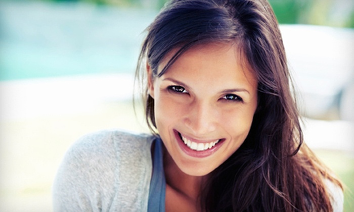 Snow White Smiles - Maple: $129 for One Zoom! Teeth-Whitening Treatment at Snow White Smiles ($600 Value)