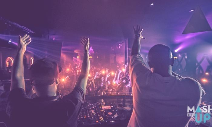 Per 1 persona: Open Bar a Ibiza con discoteca fino a 8 settembre 2019 Sconto: 35%