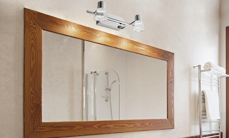Regleta de focos LED para el baño | Groupon