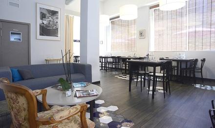 """Menú """"Noches de verano"""" con entrantes, principales, bebidas y postre para 2 o 4 personas desde 24,90 € en Sra. Cook"""